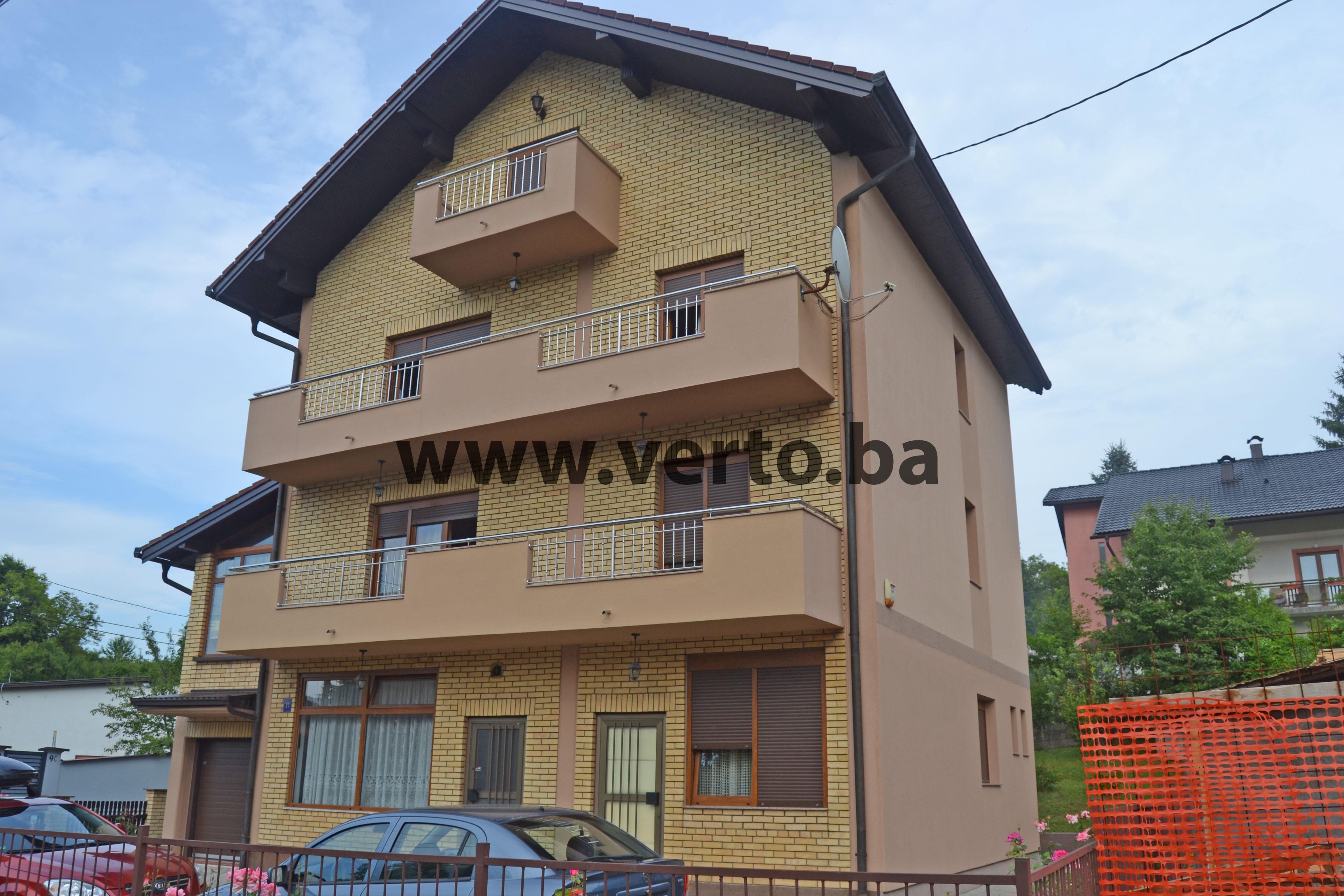 kuca 336 m2, izgradjena na parceli od 492 m2, Si Selo, Tuzla