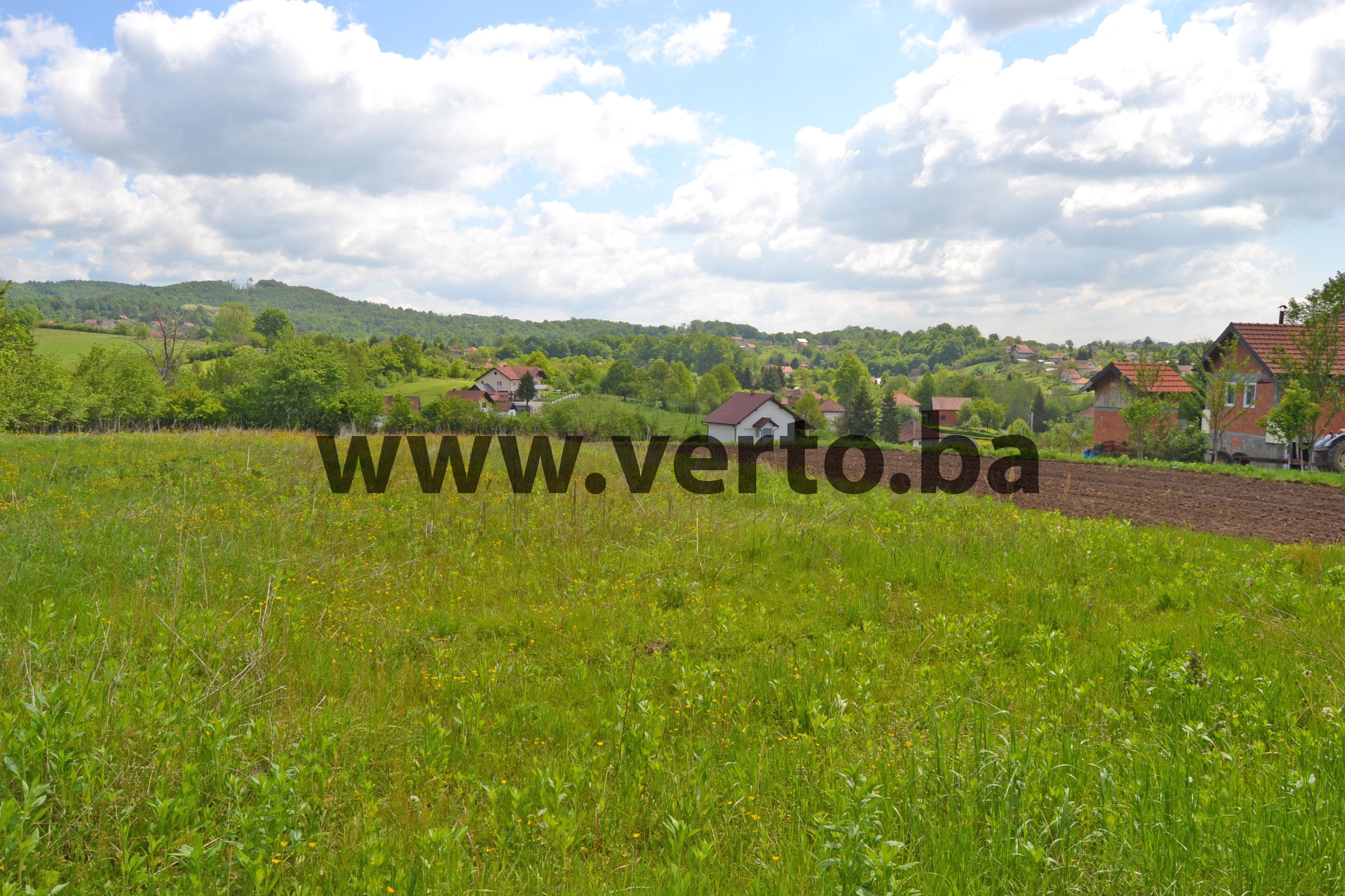 Zemljisna parcela povrsine 4.125 m2, na mirnoj lokaciji u naselju Husino, Tuzla