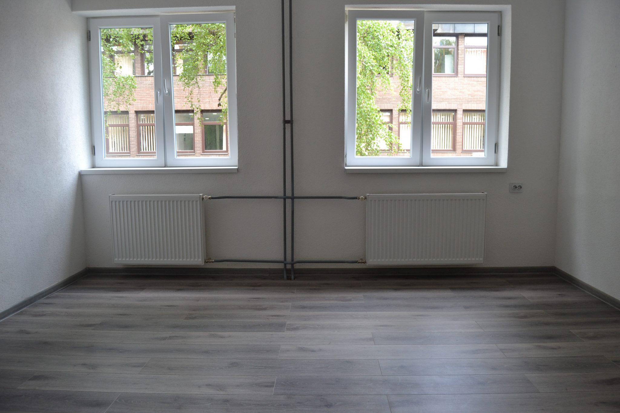 Izdaje se poslovni prostor 34 m2, Centar, Tuzla