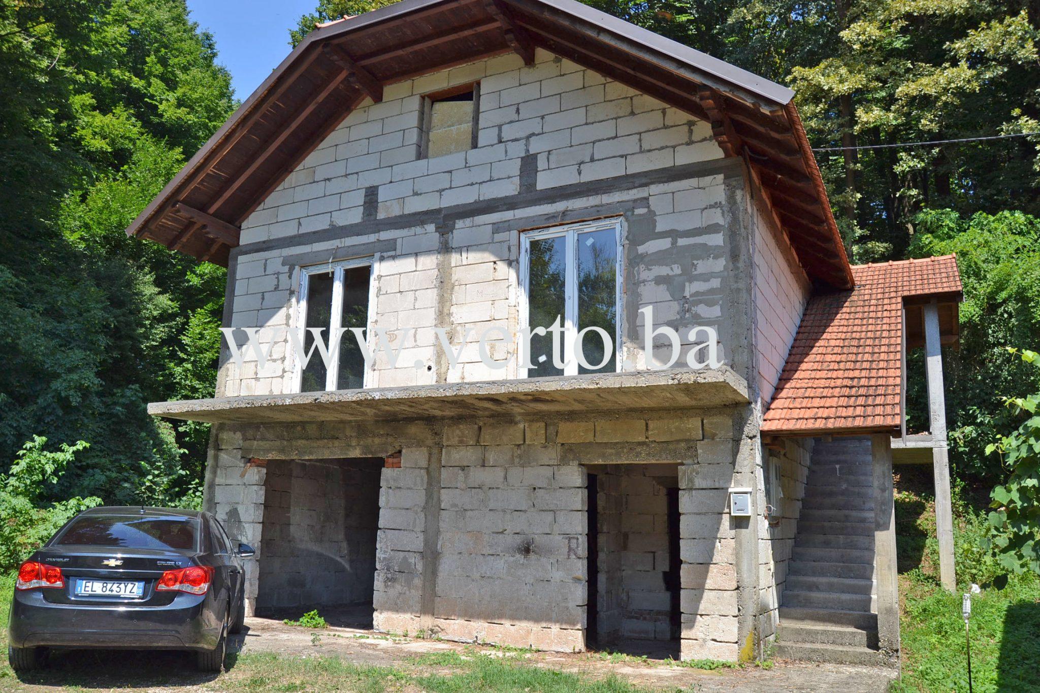 KUCA, SLAVINOVICI, TUZLA – 65 m2